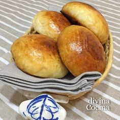 You searched for medias noches - Divina Cocina Peruvian Recipes, Cuban Recipes, Bread Recipes, Donuts, My Favorite Food, Favorite Recipes, Colombian Food, Pan Dulce, Pan Bread