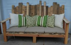 DIY Möbel aus Europaletten – 101 Bastelideen für Holzpaletten - europaletten möbel selbst basteln DIY ideen  sitzbank rückenlehne