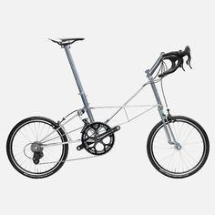 Moulton double pylon bicycle