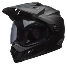 The rider-acclaimed MX-9 Adventure dual sport helmet has been upgraded with MIPS technology for greater protection from angled impact at speed.