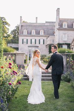 Glamorous estate wedding:  http://www.stylemepretty.com/new-york-weddings/rochester-ny/2016/05/20/jane-austens-garden-meets-jay-gatsbys-mansion-in-this-glamorous-wedding/ | Photography: Alexandra Meseke - http://alexandrameseke.com/