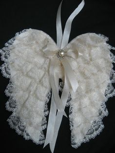 lace angel wings: original pattern from The Feathered Nest