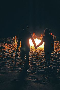 love couple girlfriend boyfriend girl light life hipster friends indie fire boy beach ocean bohemian shAdow young love silhouette fireplace boho chic beautiful world