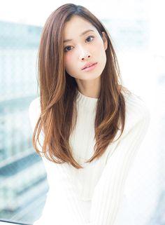 とても上品なメイクね~♪ ほんのりチークと透明感 日本の女の子は、こういうメイクが似合いますね♡