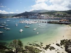 View of Beach, Harbour and Town, Bayona, Galicia, Spain Lámina ...