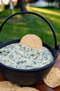 Spinach and Artichoke Dip Recipe Good Food, Yummy Food, Tasty, Vinaigrette, Plats Mijotés, Sauces Froides, Crudite, Bruschetta, Snaks