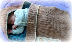 Uitgewerkt patroon van de gehaakte baby trappelzak