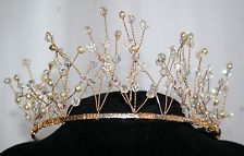 """GORGEOUS Gold Coloured """"ICE QUEEN"""" CRYSTAL - BRIDAL TIARA"""