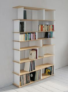 Shelving system Tab. Very easy assembly and light construction.