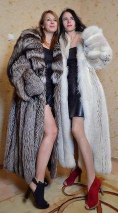 Long Fur Coat, Fur Coats, Sexy Women, Women Wear, Great Women, Fox Fur, Group, Lady, Venus