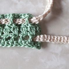 Crochet Belt Tutorial, can be used decoratively on a purse or tote.