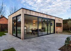 Pool House Designs, Backyard Pool Designs, Bungalow House Design, Small Backyard Pools, Modern House Design, Backyard House, Backyard Retreat, Terrace Design, Patio Design