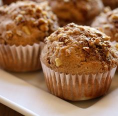 Muffin mit Banane, Schokolade und Pekannüssen