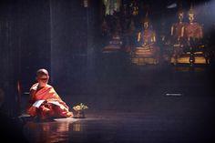 The guiding light by Anuchit Sundarakiti on 500px