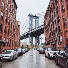 Visiting New York City on a budget might sound a bit far-fetched for some travelers, but with a little careful planning, you can have a successful trip to NYC on any budget. From taking advantage of free museum days to experiencing free walking tours, there is no shortage of affordable activities to do in New …