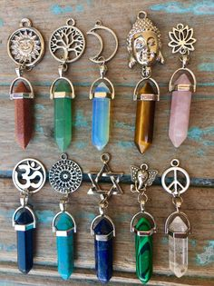 Crystals And Gemstones, Stones And Crystals, Crystal Jewelry, Crystal Necklace, Cute Jewelry, Jewelry Accessories, Crystal Aesthetic, Magical Jewelry, Accesorios Casual