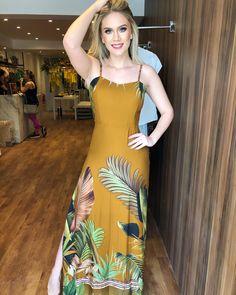 Super Cute Dresses, Simple Dresses, Pretty Dresses, Linen Dresses, Beach Dresses, Summer Dresses, African Wear Dresses, Tropical Dress, Batik Dress