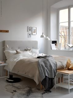 A warm and dreamy Ikea bedroom (Daily Dream Decor) Ikea Bedroom, Bedding Master Bedroom, Cozy Bedroom, Bedroom Wall, Bedroom Decor, Master Bedrooms, Bedroom Furniture, Decor Scandinavian, Bedrooms