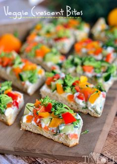 Bright and beautiful, these veggie crescent bites make a great appetizer or a healthy after-school snack. With lots of texture and loads of flavor, it's a healthy recipe that's great for every day… Light Appetizers, Finger Food Appetizers, Yummy Appetizers, Appetizer Recipes, Wedding Appetizers, Girls Night Appetizers, Wine Party Appetizers, Kid Friendly Appetizers, Party Recipes