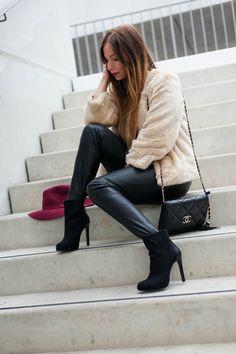 comment porter lemanteau en fausse fourrure la minute fashion blog mode fashion blog how to wear a faux fur coat