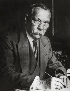 Arthur Conan Doyle la Biblioteca lui T@t@iemicu.