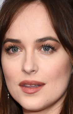 Close-up of Dakota Johnson at the 2016 New York premiere of 'How To Be Single'. http://beautyeditor.ca/2016/02/08/best-beauty-looks-holliday-grainger