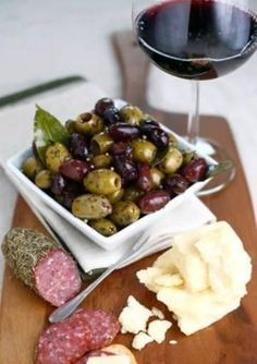 Cold appetizers & red wine