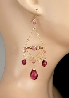 Pink Chain Chandelier Earrings 14kt Gold Fill por DoolittleJewelry