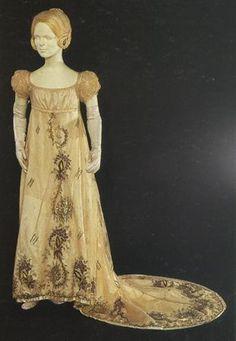 Dress ca. 1800-05 From theMuseu Nacional do Traje e da Moda