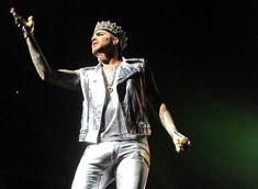 https://flic.kr/p/WVgSxL   Queen + Adam Lambert Prudential Center 2017-07-26
