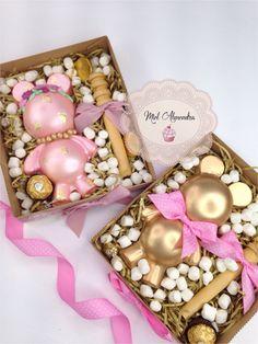 Chocolate Pinata, Chocolate Pops, Chocolate Hearts, Chocolate Covered Strawberries, Chocolate Gifts, Valentines Gift Box, Valentine Desserts, Bear Valentines, Heart Cake Design