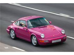 Porsche 964 in magenta