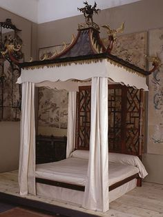 The Chinese-style bed at Badminton, 1750.