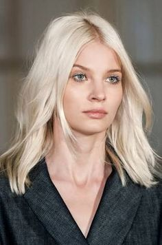 blonde lob for frizzy hair - Google Search