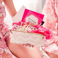 """""""The bridesmaid gifts from today's styled """"Will You Be My Bridesmaid?"""" slumber party are AH-mazing! Featuring @ohsoglam @pomppearls @plumprettysugar photo…"""""""