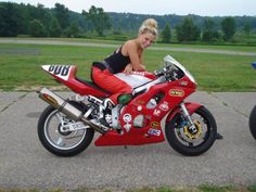 Christy Lee All-Girls Garage Biker Girl, Girl Motorcycle, N Girls, Street Bikes, Road Racing, Sport Bikes, Cool Cars, Female, Motorcycles