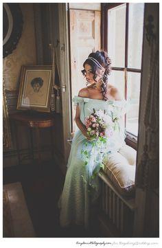 憧れのプリンセス♡エキゾチックでセクシーなジャスミン風ウェディングドレスの選び方*にて紹介している画像