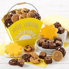 Cookie Gift Baskets - Mrs. Fields Sunshine Cookie Tote Summer Gift Baskets, Summer Gifts, Cookie Gift Baskets, Cookie Gifts, Mrs Fields, Sunshine Cookies, Send Chocolates, Feeling Under The Weather, Get Well Soon Gifts