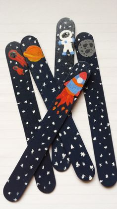 Items similar to Outer Space Stick Pointer- Painted Craft Stick- Read Point Bookmark Spacer Sight Words Classroom Education Students Kids on Etsy Pop Stick Craft, Stick Art, Popsicle Stick Crafts, Craft Stick Crafts, Space Crafts For Kids, Diy For Kids, Diy Crafts To Do, Arts And Crafts, Paper Towel Crafts