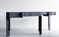 KITALE - CONSOLE - Designer Console tables from Van Rossum ✓ all information ✓ high-resolution images ✓ CADs ✓ catalogues ✓ contact information. Brutalist Furniture, Concrete Furniture, Metal Furniture, Furniture Design, Sideboard Furniture, Table Furniture, Furniture Storage, Table For 12, Wooden Side Table