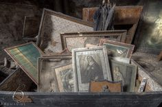 Vintage Frames, Stairways, Urban Decay, Explore, Canning, Photography, Beauty, Collection, Art