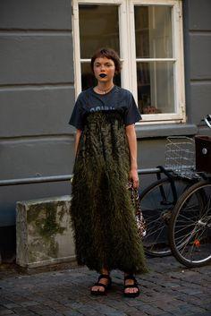 Copenhagen Street Style, Copenhagen Fashion Week, Cool Street Fashion, Street Chic, Girls Showing Off, Evening Dresses, Style Inspiration, My Style, Visual Identity