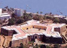 San Diego fort in Acapulco. http://www.tourbymexico.com/guerrero/acapulco/acapulco.htm