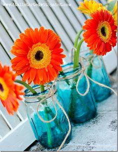 blue tinted mason jar diy #masonjars #masonjarcrafts #masonjarcraftslove
