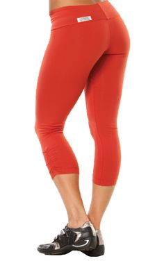 f4ccc7dd71991 I would love this Rogiani Sport Band Side Gather 3/4 Leggings in Coral!