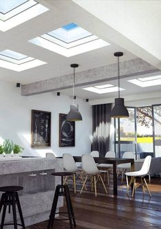Even with a flat roof there is plenty of room for a ECO+fixed Flat Roof Window. Kitchen Extension Flat Roof, Roof Extension, Extension Ideas, Flat Roof Skylights, Farmhouse Layout, Modern Farmhouse, Oakland House, Flat Roof House, Roof Window