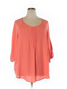 Check it out—Pssst! 3/4 Sleeve Blouse for $6.99 at thredUP!