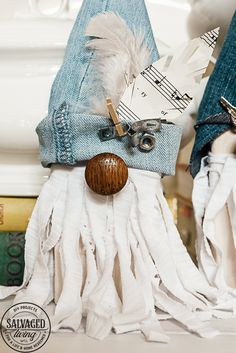I'll show you how to make adorable DIY junk gnomes out of scrap wood, random har… – Christmas Fashion Trends Shabi Chic, Fabric Scraps, Scrap Fabric, Quilting Fabric, Gnome Hat, Gnome House, Gnome Door, Holiday Images, Theme Noel