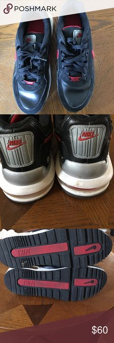 Nike air max Nike air max in black and red used a few times. In good condition super cute and girly. 🚫🚫No low ball offers and no trades 🚫🚫 Nike Shoes Sneakers