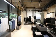 loja de roupa minimalista - Pesquisa Google